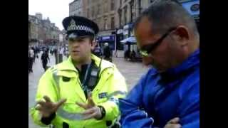 getlinkyoutube.com-Police in Stirling England Squelch Open Air Preachers Free Speech Rights