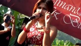 getlinkyoutube.com-RESA LAWANG SEWU - PAYUNG HITAM