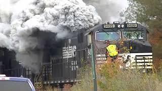 getlinkyoutube.com-Norfolk Southern Train on Fire