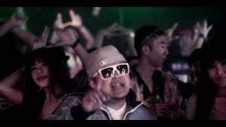 getlinkyoutube.com-[ THAI RAP ] ILLSLICK Feat. KK (THAIKOON) - I Need A Girl Remix Official Music video