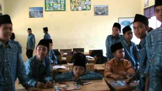 getlinkyoutube.com-English Darul Istiqamah for 2015 Grade 7 A