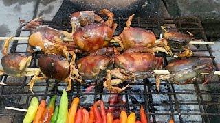 getlinkyoutube.com-ป่นปูนา จี่หอมๆ ป่นกินกับผักกาดดอง ตามแบบสาวอีสานบ้านทุ่ง