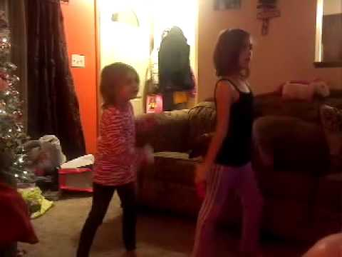 Keira and Kali Kimbler Just Dance 4