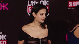 getlinkyoutube.com-Hot Amisha Patel Thunder Thigh Juicy Assets
