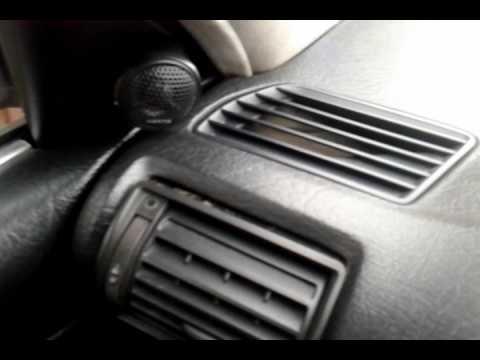 Снятие боковых дефлекторов (обдувов) Ауди 100 A6 С4 45 кузов
