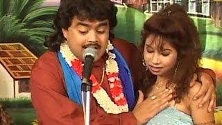getlinkyoutube.com-Bhojpuri Hot Stage Show - Jab Pyar Ke Kukur Kate La | Nayaka Bhatar Ke | Guddu Rangeela