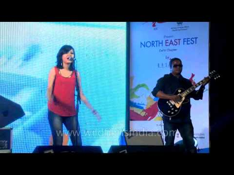 'Sweet Child O' Mine' - Joi Band at NEFF in Delhi