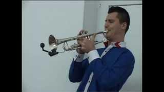getlinkyoutube.com-Hora la trompeta
