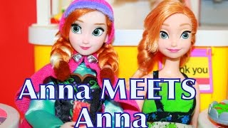 getlinkyoutube.com-AllToyCollector Frozen Anna MEETS Anna Disney Princess Doll Barbie McDonalds Playset