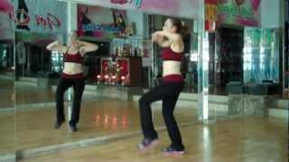 getlinkyoutube.com-aerobics the duc  tham my happy new year  gangnam style cam tuyet