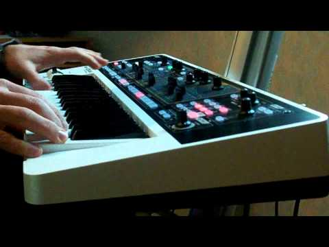 Roland Gaia SH01 synthesizer demo - Creation