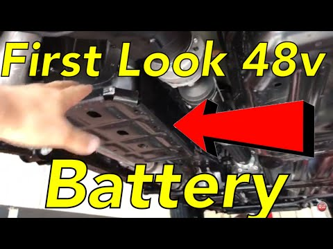 2.0L turbo 48 volt? battery pack first look Jeep JL Wrangler
