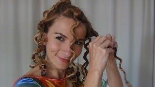 getlinkyoutube.com-Cum să iţi faci părul creţ fără placă sau ondulator (Bantu Knots sau bucle de vară)