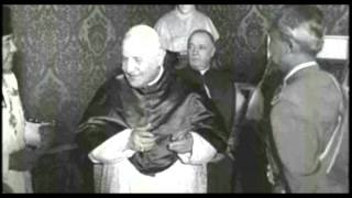 getlinkyoutube.com-President Sukarno of Indonesia audience with Pope John XXIII at the Vatican 1959
