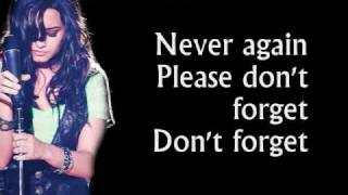 Demi Lovato - Don't Forget (Walmart Soundcheck Version) - Lyrics On Screen