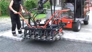 getlinkyoutube.com-Pflasterverlegemaschine Optimas H99 / Paver laying machine / машина для укладки тротуарной плитки