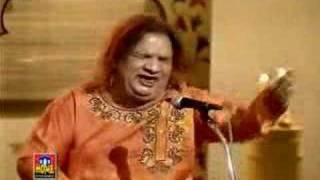 Mujhe Aazmane Waale - Aziz Mian Qawwal width=