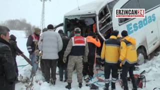 Erzincan'da Otobüs Şarampole Uçtu: 27 Yaralı