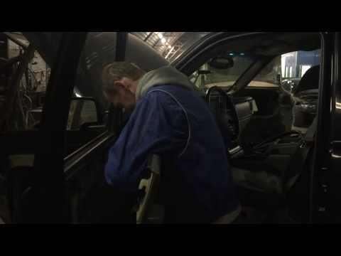 Снятие обшивки двери на Chevrolet Tahoe. Авторемонтный завод №5