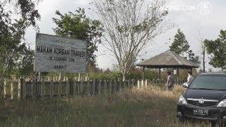 Menilik Makam Korban Massal Tragedi Sampit