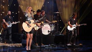 getlinkyoutube.com-Carrie Underwood Performs 'Smoke Break'