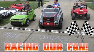 getlinkyoutube.com-Power Wheels Driveway Racing with Fan Who Finds Us | KidTraxx Sportrax Peg Perego Vehicle Collection