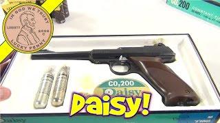 getlinkyoutube.com-Daisy CO2 200 Semi-Automatic BB Gun - Taking Apart a Vintage Daisy BB Gun