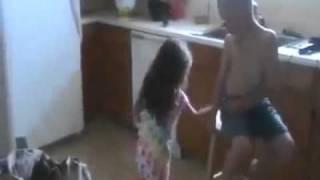 getlinkyoutube.com-Budak perempuan ajak budak lelaki kahwin (Budak gatal)