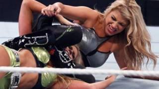 getlinkyoutube.com-SmackDown: Kelly Kelly vs. Rosa Mendes