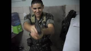 getlinkyoutube.com-Montando e desmontando Bereta 9mm 1º Escalão