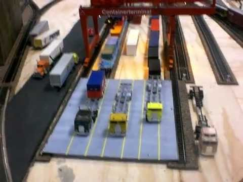 Grand Strand Model Railroad Club New Heljan Crane Demonstration 11-24-2012
