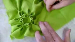 getlinkyoutube.com-خياطة   طريقة عمل مخدة وسادة مزركشة للعروسة ٢من٣