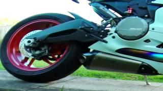 getlinkyoutube.com-Ducati 899 Panigale Akrapovic Full System