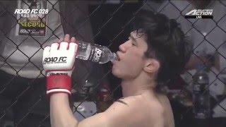 getlinkyoutube.com-ROAD FC 028 Bantamweight Match Moon Jea-Hoon(문제훈) VS Nezu Yuta(네즈 유타)