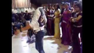 getlinkyoutube.com-شاب عراقي يرقص في احد الفنادق العراقيةmp4