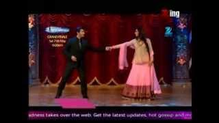getlinkyoutube.com-Ranbir Kapoor and Deepika Padukone On The Sets of India's Best Dramebaaz