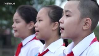 getlinkyoutube.com-Người Việt Nam tự hào hát vang Quốc ca Việt Nam 2.9.2016
