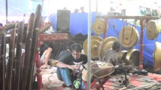 getlinkyoutube.com-Kuda Lumping Kridha Budaya disk 3