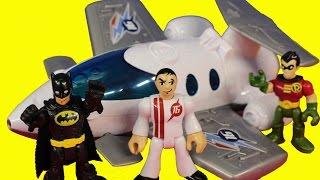 getlinkyoutube.com-Imaginext Batman & Robin In Batcopter Save Jet Plane from Bane