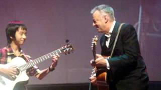 getlinkyoutube.com-Tommy Emmanuel with Sungha Jung ~ Day Tripper / Lady Madonna