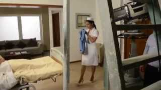 Telenovela La Gata-Detrás De Cámaras Gissela Pone La Serpiente A Esmeralda En El Hospital - Maite Pe