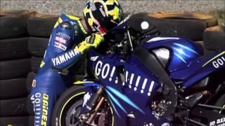 getlinkyoutube.com-La leggenda di Valentino Rossi