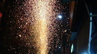 getlinkyoutube.com-Flower Pot Fireworks or Tubri Competition at Bagbazar, Chandannagar 2014 - Some Fireworks Explodes