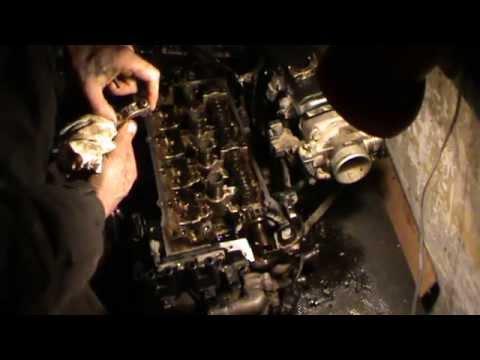 Где у Киа Sephia направляющие втулки клапанов