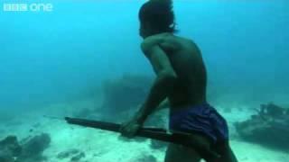getlinkyoutube.com-Underwater Hunter Goes Deep Sea Fishing Without Air!
