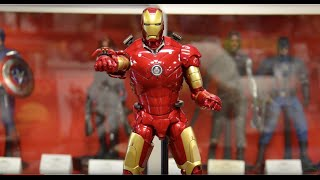 getlinkyoutube.com-Hot Toys Iron Man Mark III Die Cast 1/6 Scale Figure 2015 Review