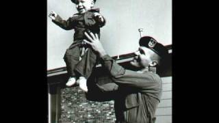 getlinkyoutube.com-SSgt Barry Sadler: Lullaby (1966) - Vintage Images