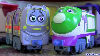 getlinkyoutube.com-Chuggington Emery and Koko Interactive Railway talking trains toys review