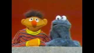 Classic Sesame Street - Which is Ernie and which is Cookie Monster?