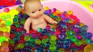 getlinkyoutube.com-Orbeez Baby Doll bath toys & play shower
